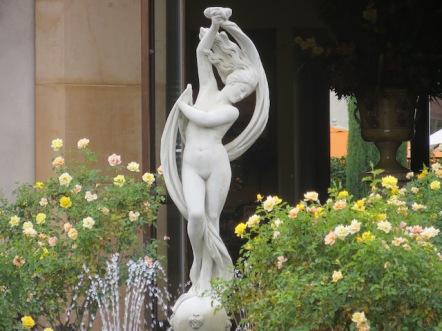 Moon goddess IMG_1246